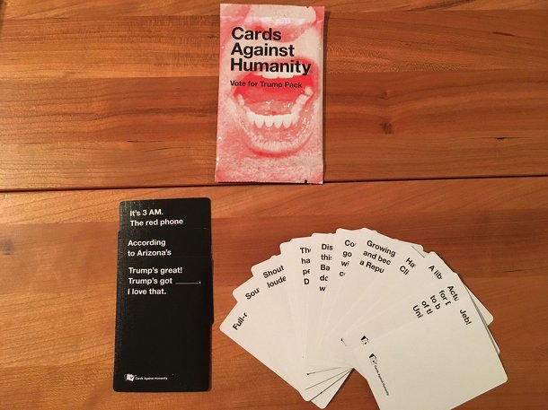Cards Against Humanity: Vote For Trump Pack