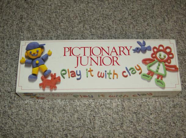 Pictionary Junior: Play it With Clay